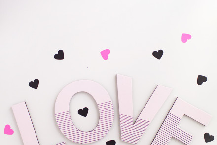 Love-valentine-day-sign