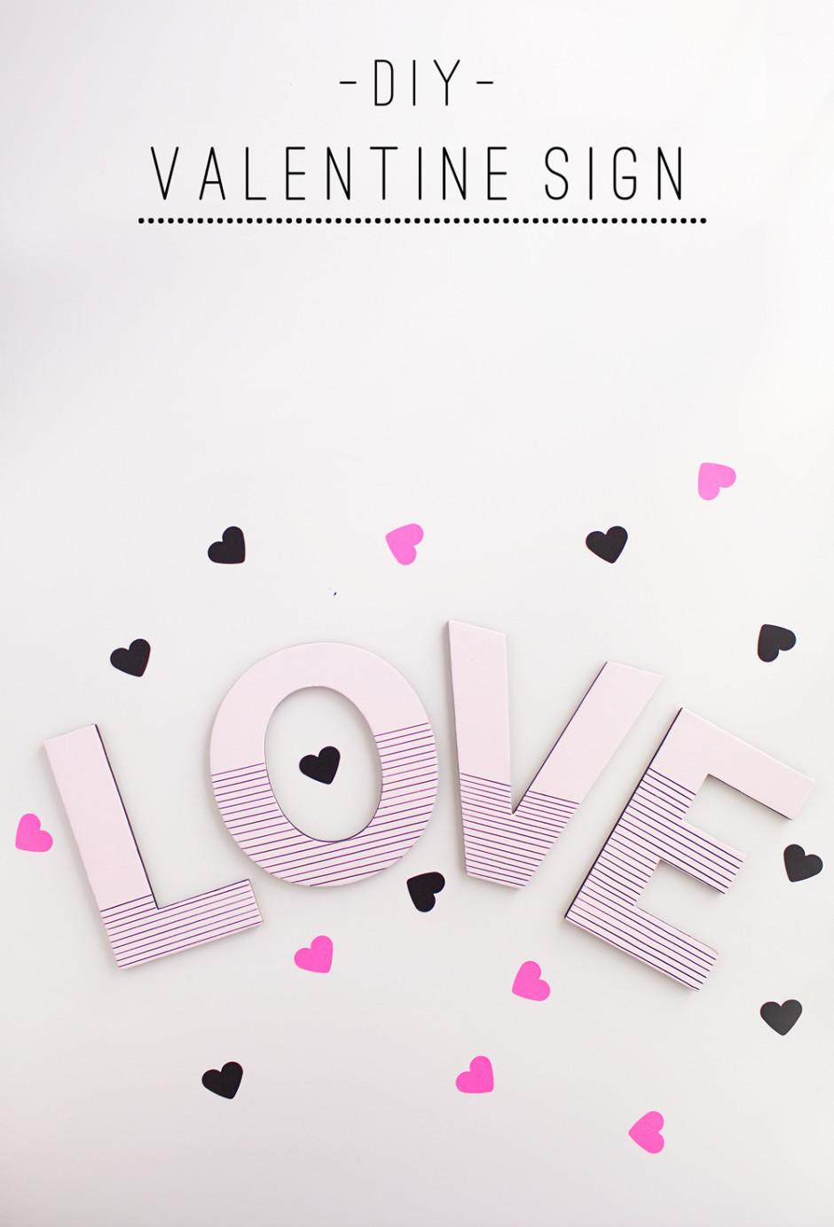 Love-valentine-day-sign
