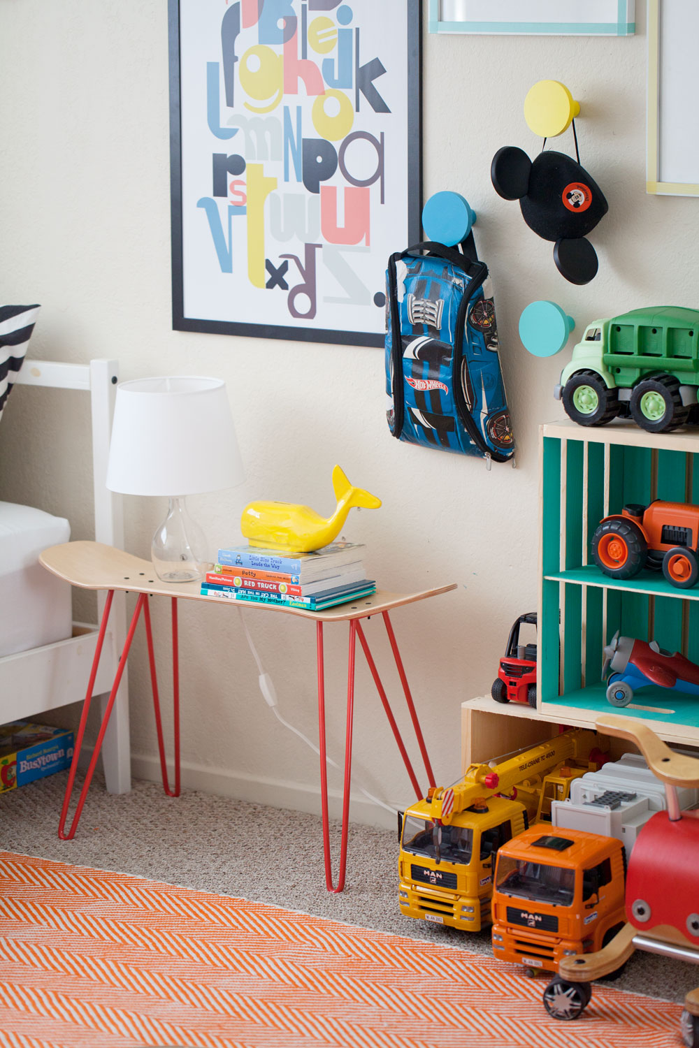 Tell Love and Chocolate- kids room ideas