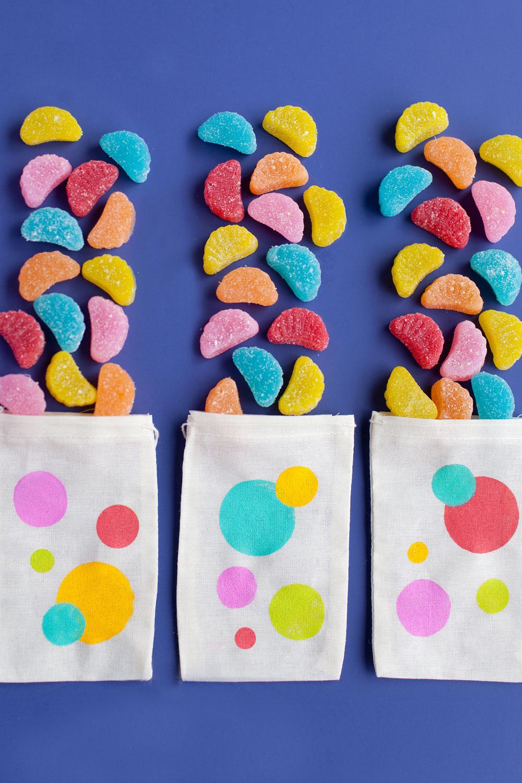 polka-dot-candy-treat-bags