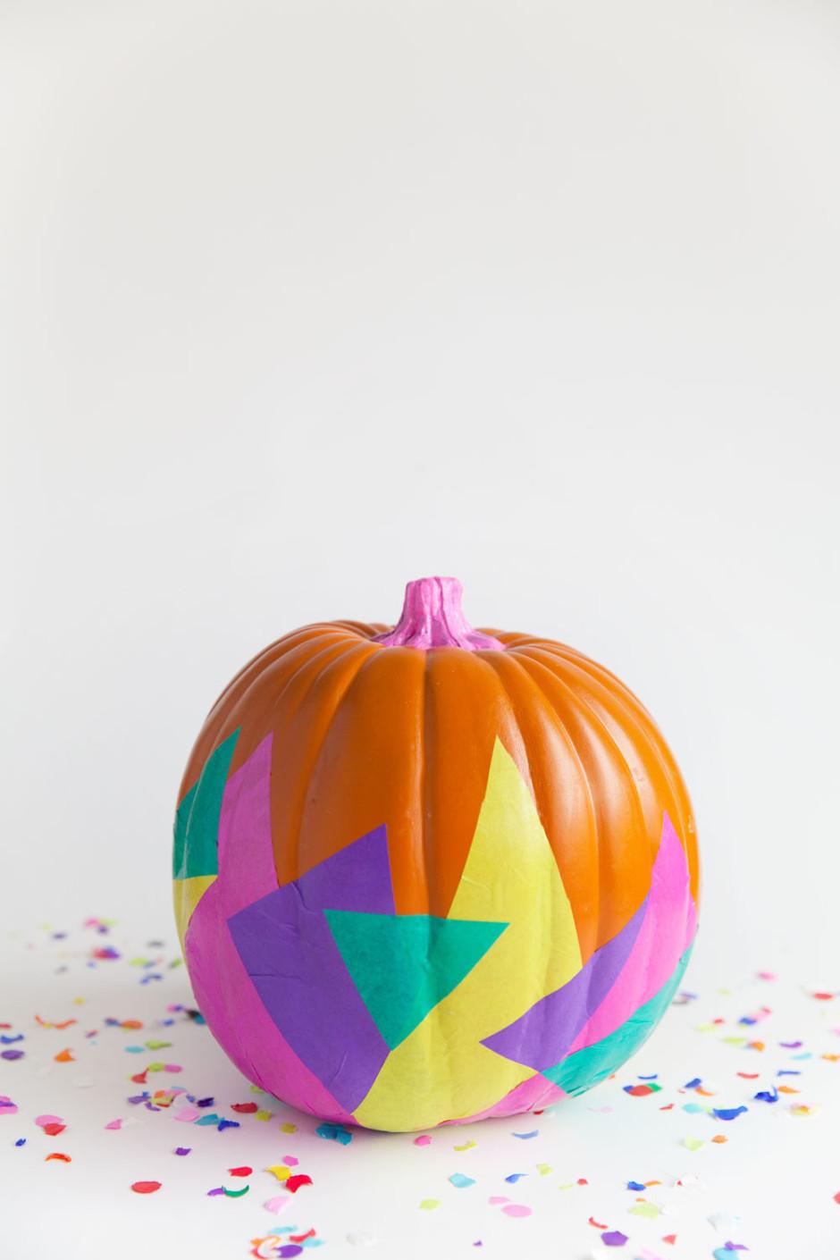 DIY-tissue-paper-pumpkin