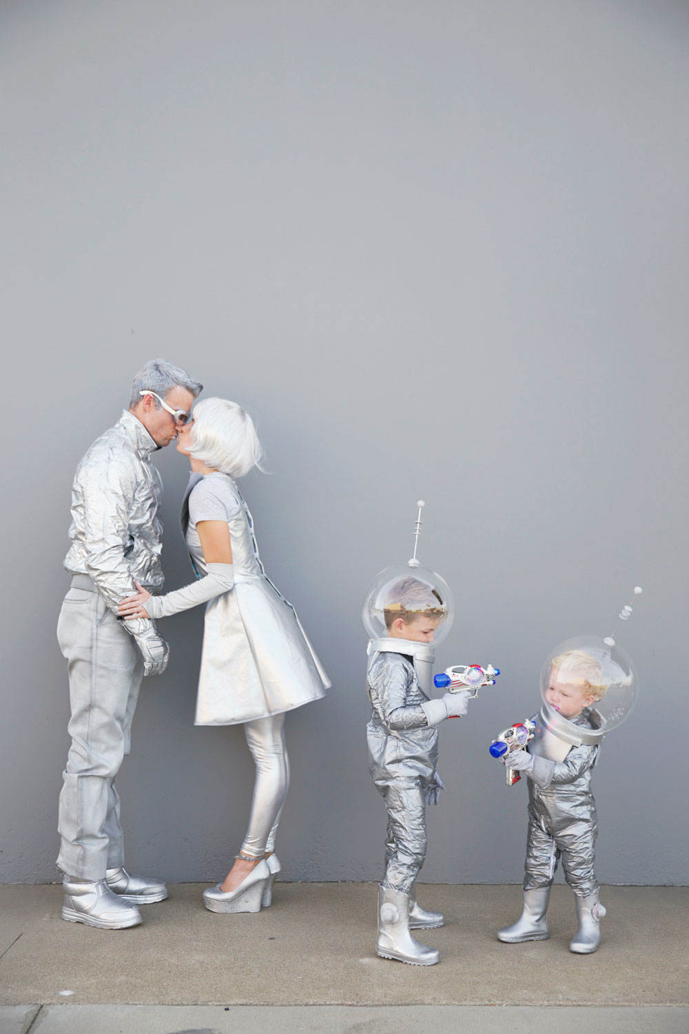 DIY SPACE FAMILY COSTUMES Tell Love and Party