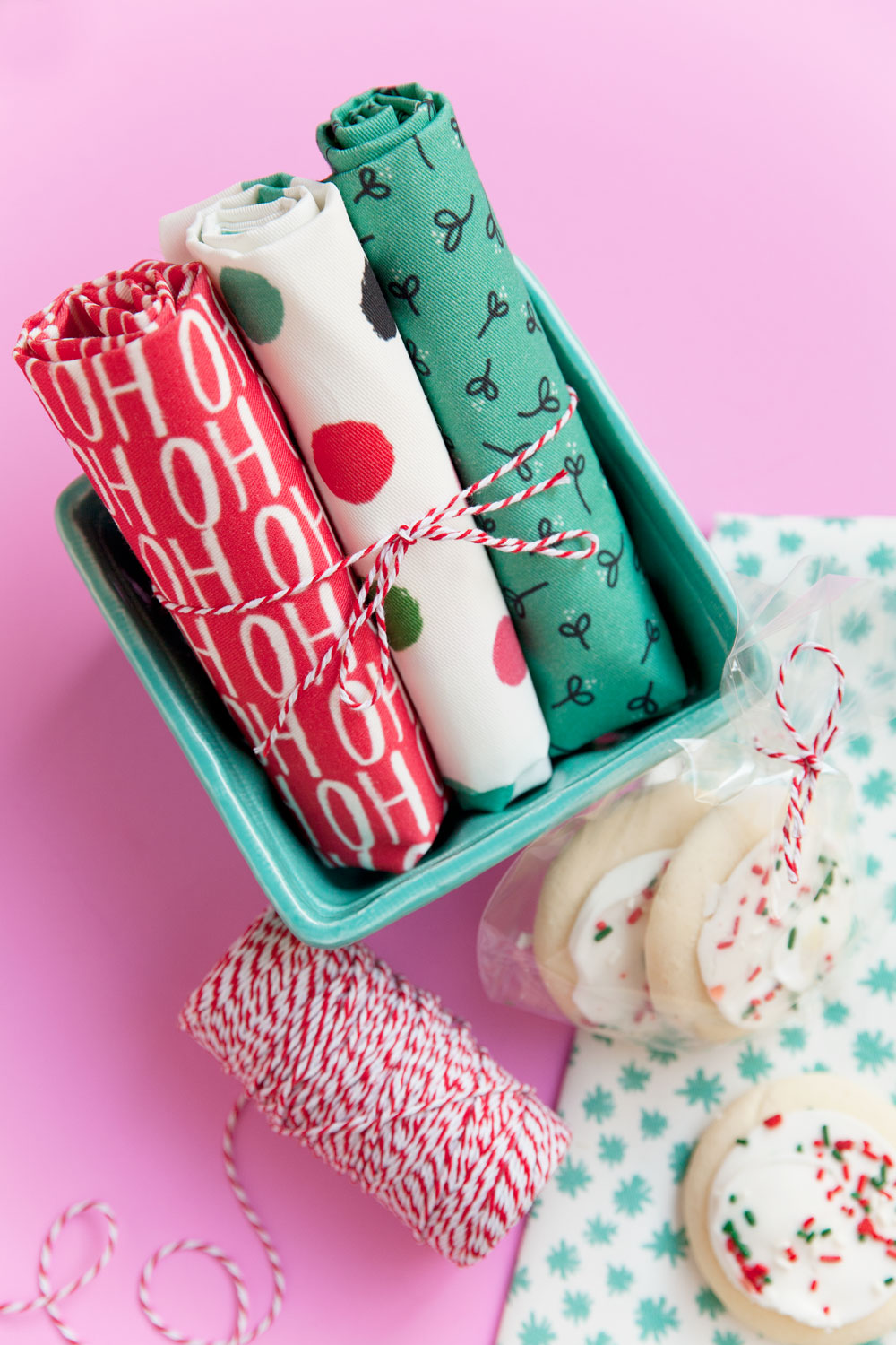 diy-christmas-tea-towels