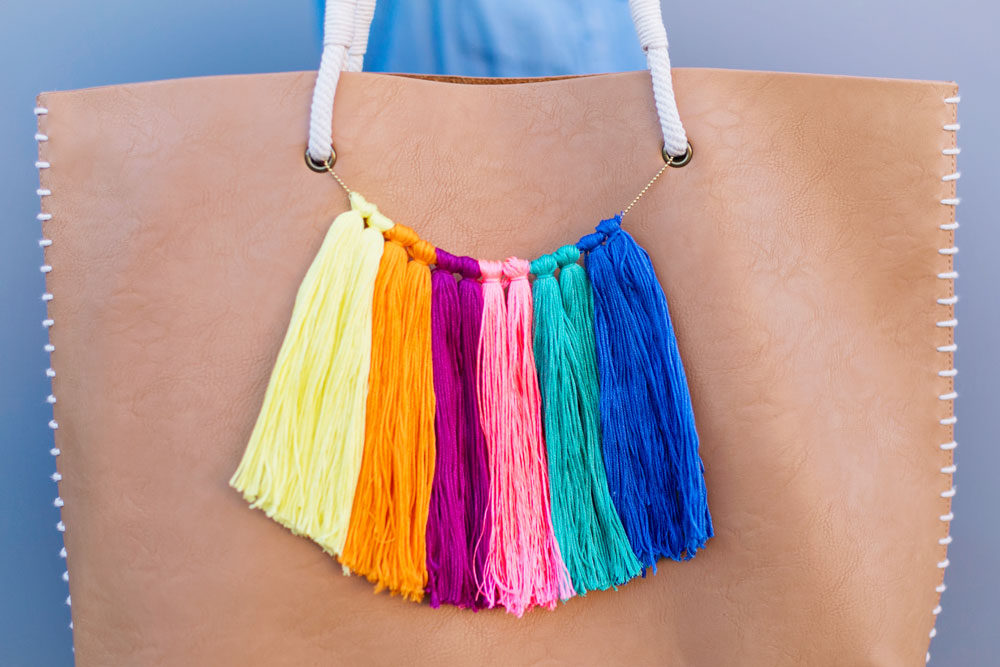 DIY-tassel-bag