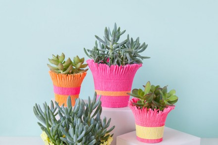 diy-crepe-paper-wrapped-pots--simple-and-only-takes-a-few-min