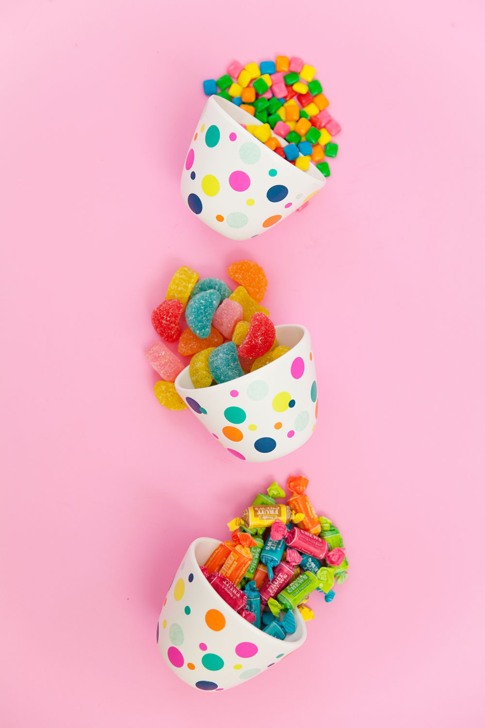 Make-these-fun-DIY-confetti-candy-bowls