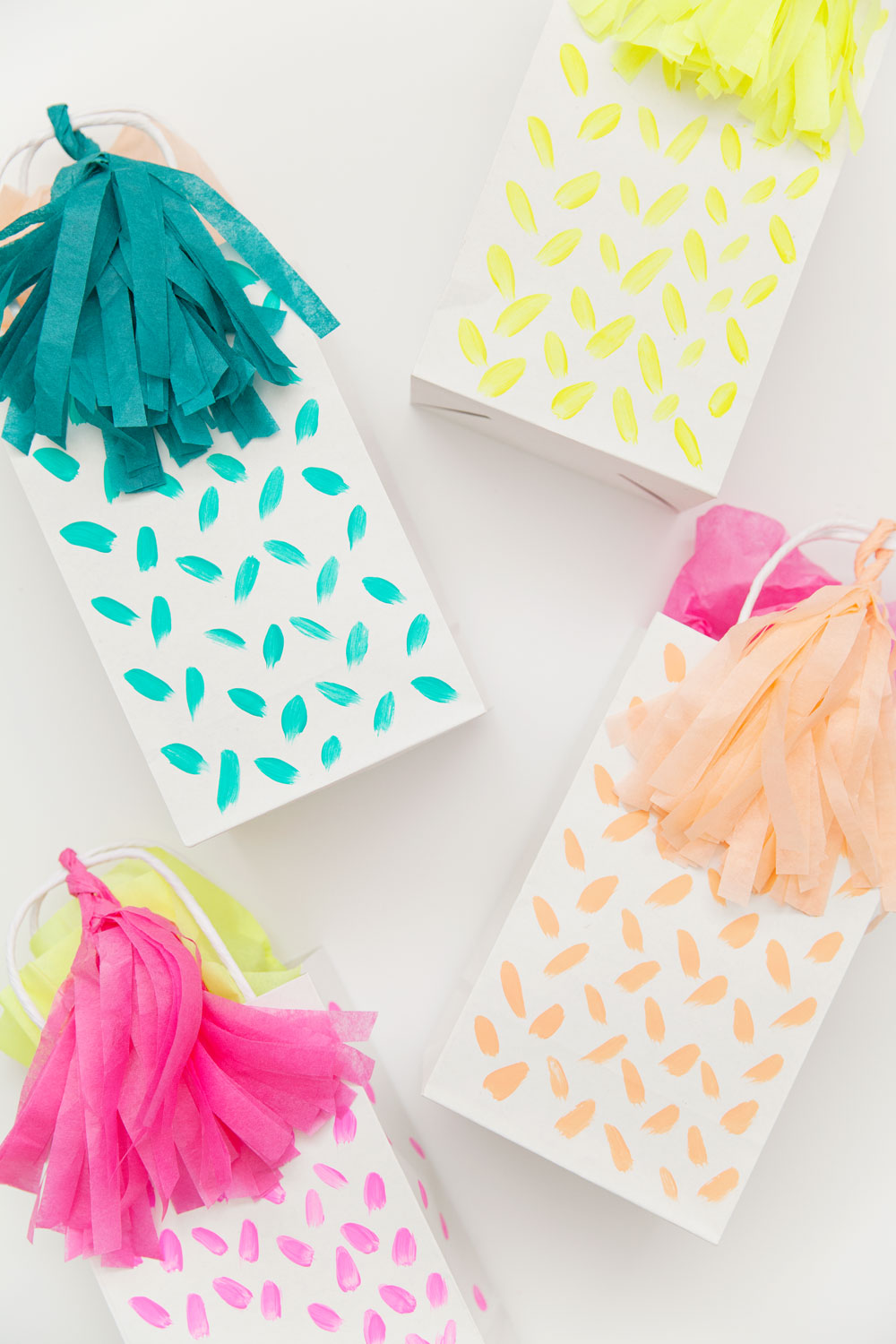 diy-colorful-gift-bags