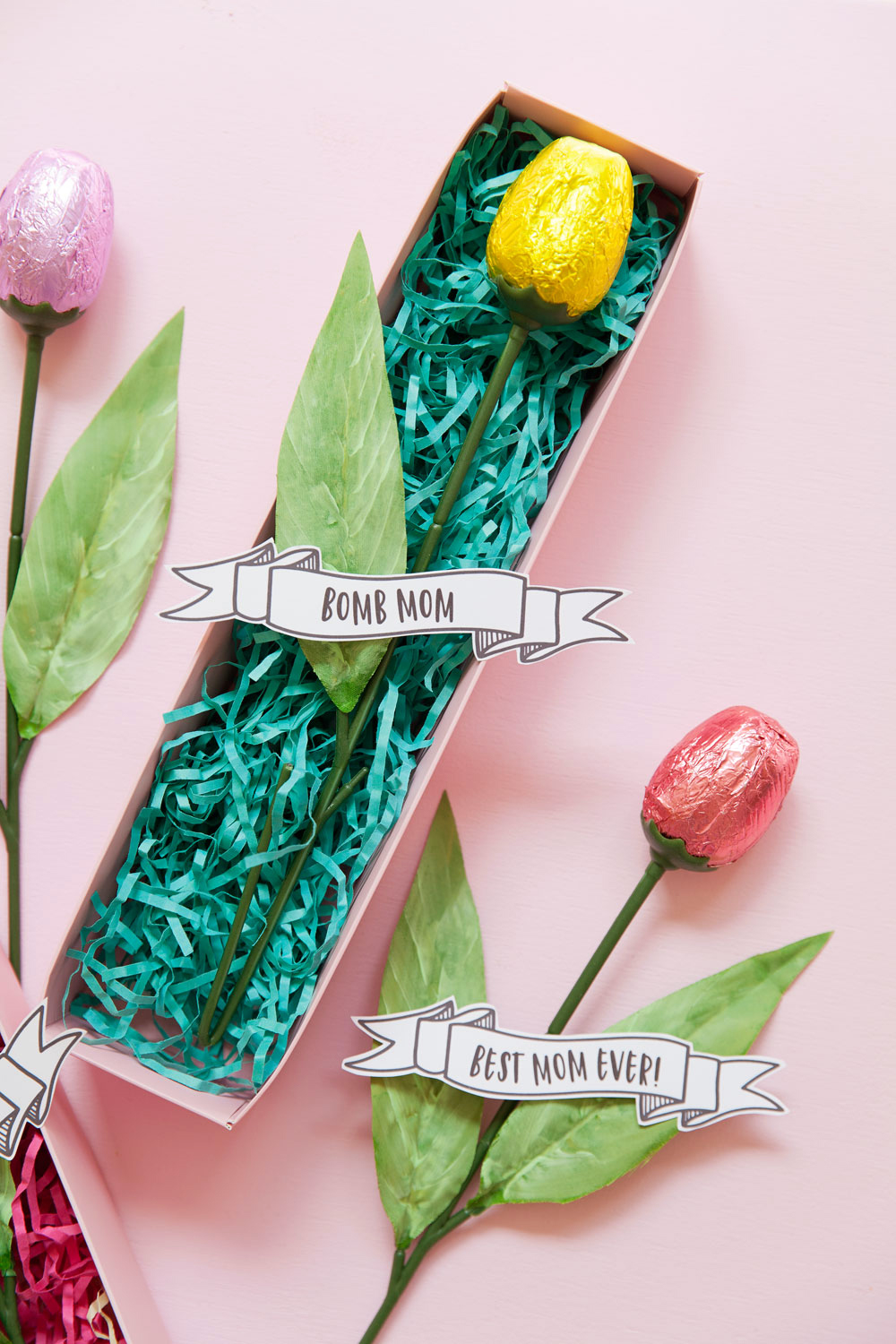 Free-Printable-mothers-day-banners-to-go-with-any-gift