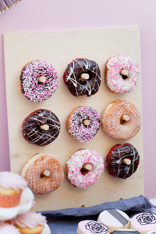 Donut-holder