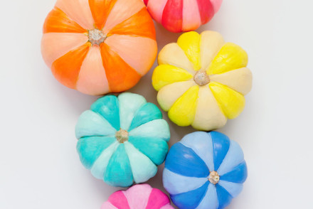 DIY-Rainbow-Painted-Pumkins