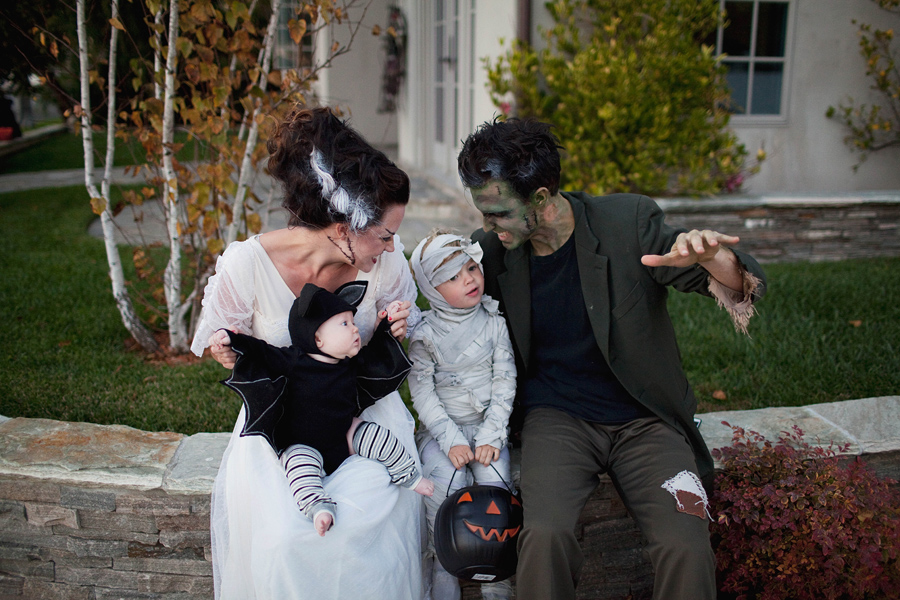 Monster Family Costume Diy Tell Love And Party