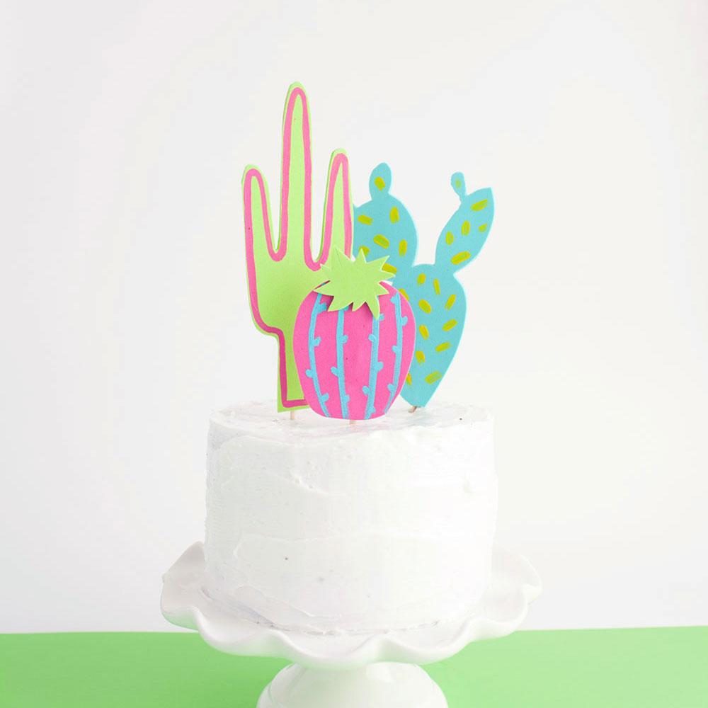 TELL DIY CACTUS CAKE TOPPER