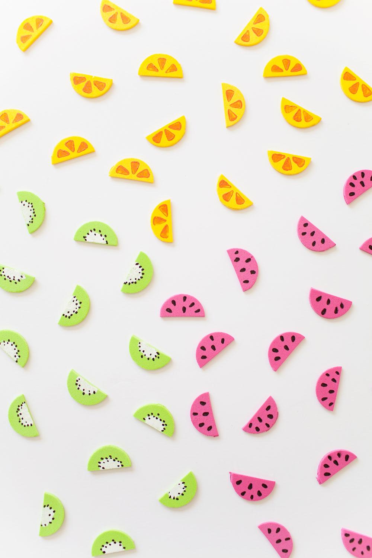 Tell-Love-and-Chocolate---DIY-fruit-garland