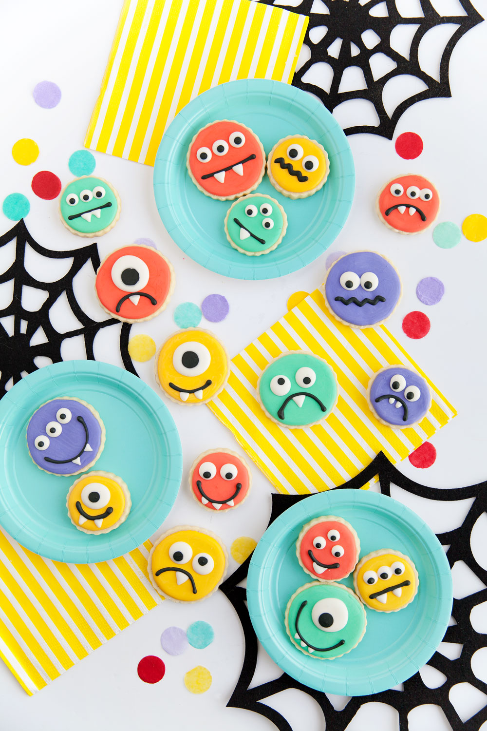 Monster-Cookies---Tell-Love-and-Party
