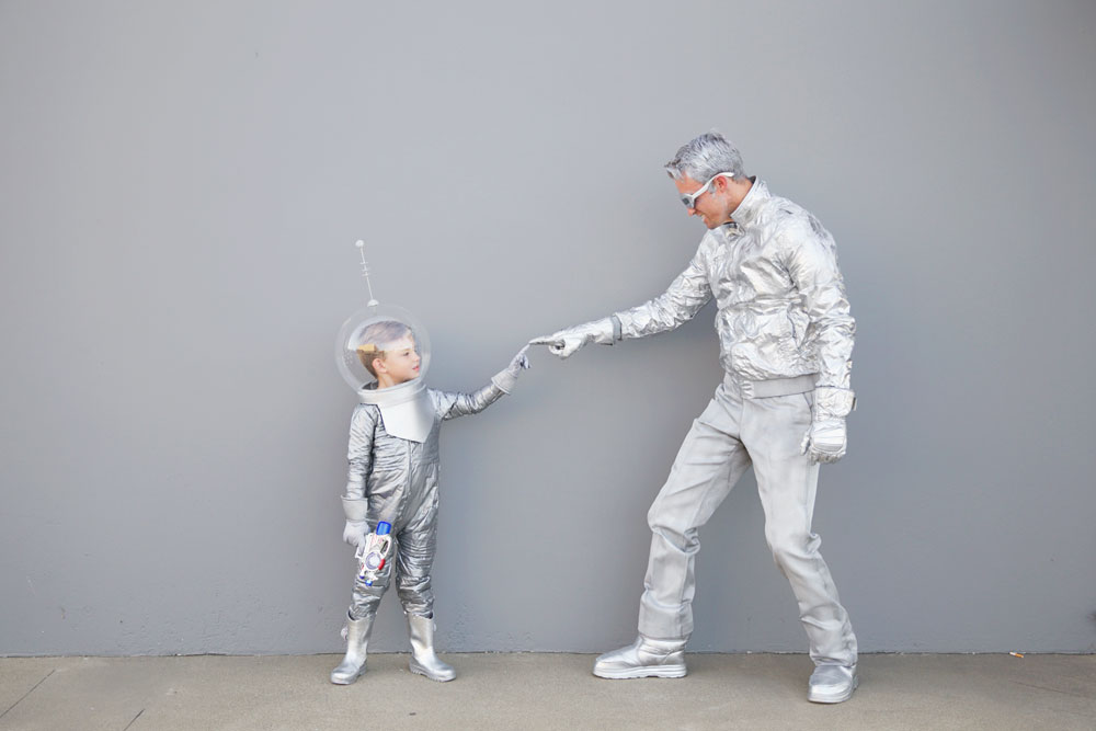 space-costume-ideas---Tell-Love-and-party