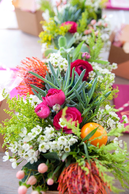 bridal-shower-flowers