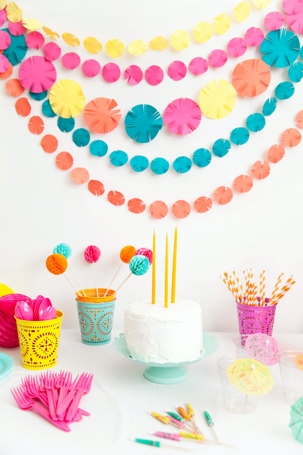 DIY FIESTA PARTY GARLAND- tell love and party