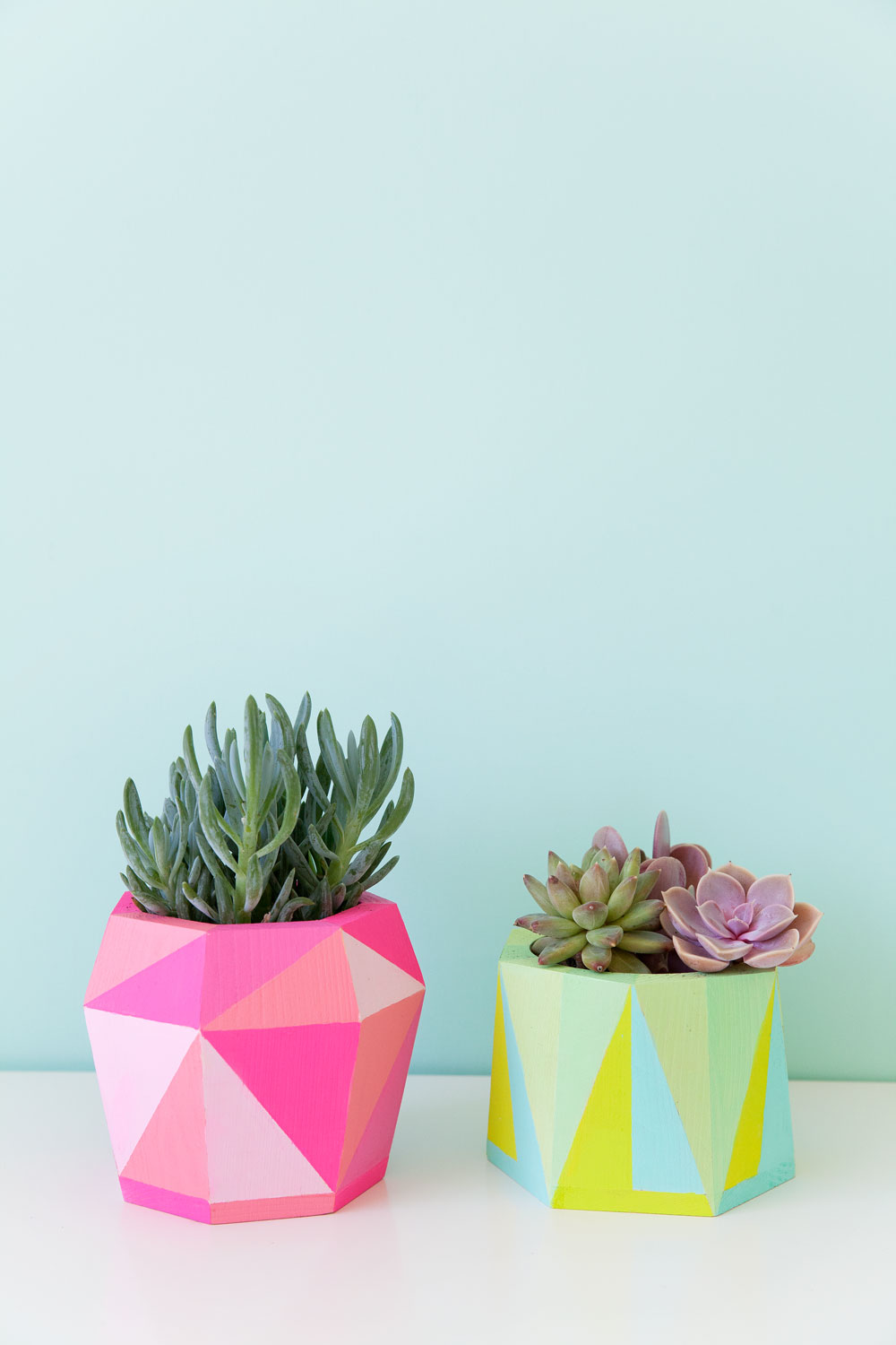 DIY-painted-geo-pots,-an-easy-DIY-that-is-colorful-and-fun