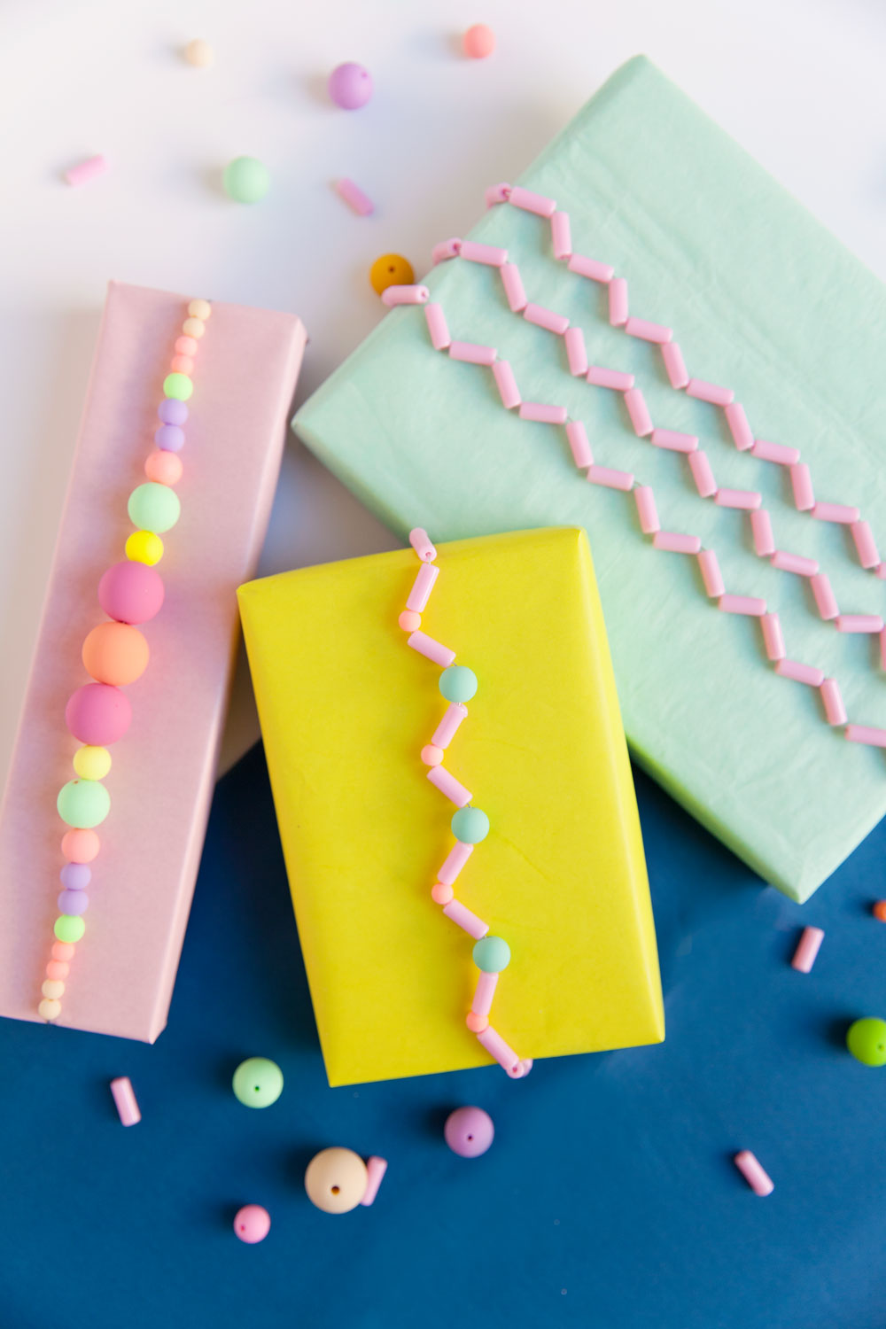 DIY-beaded-gift-wrap