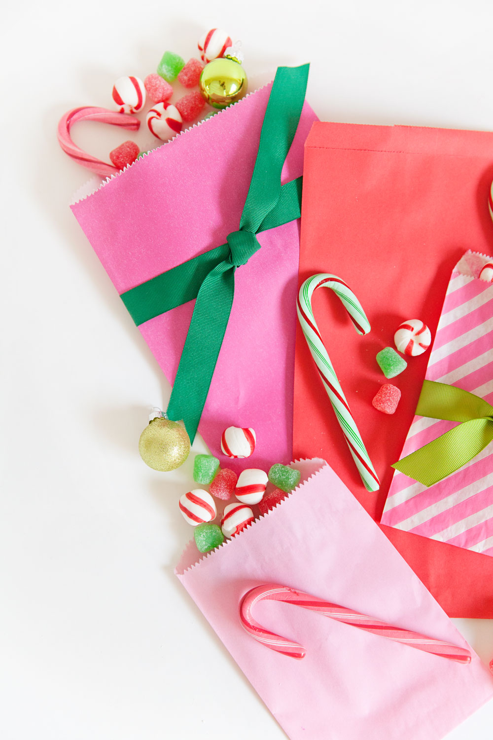 candy-filled-bags-as-an-Advent-Calendar