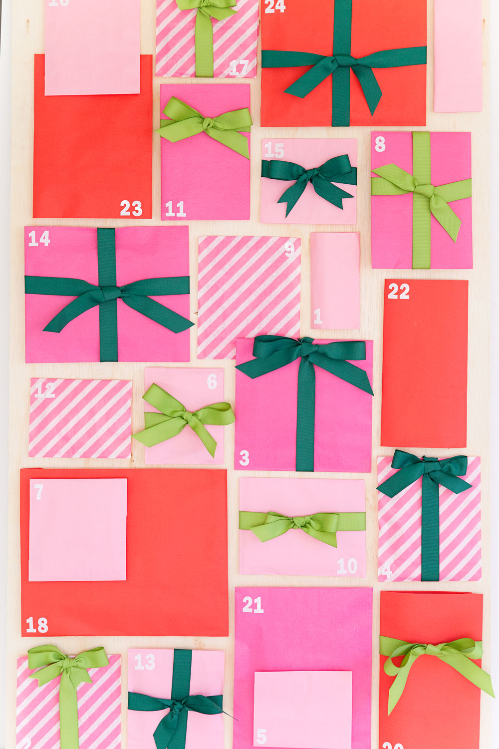 Mini-Present-Advent-Calendar-DIY