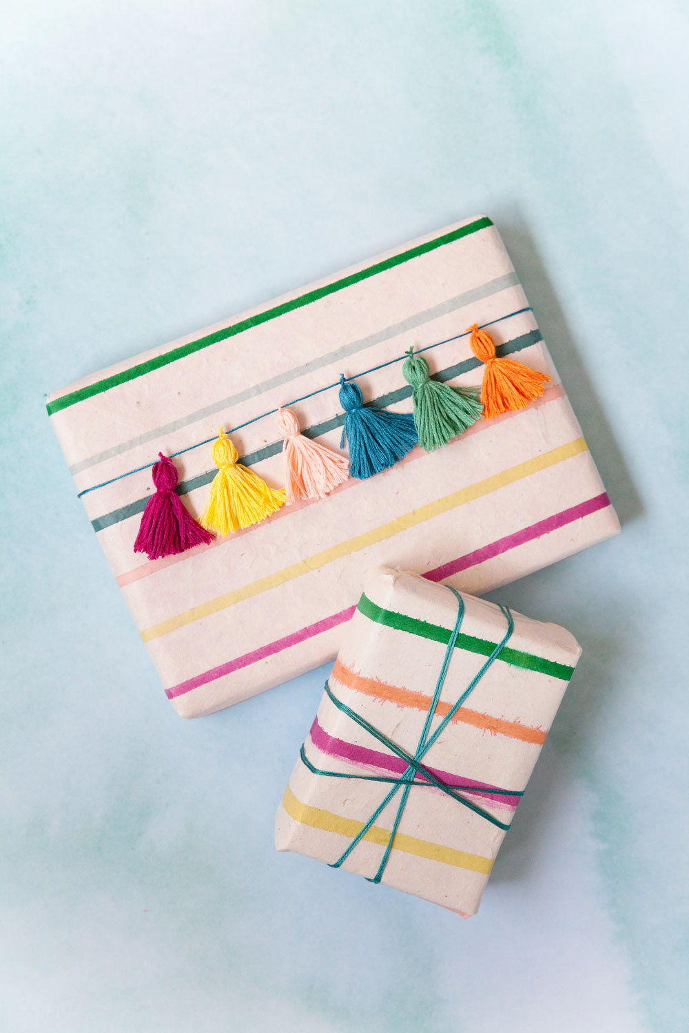 Wrapping-with-embroidery-thread-tassels