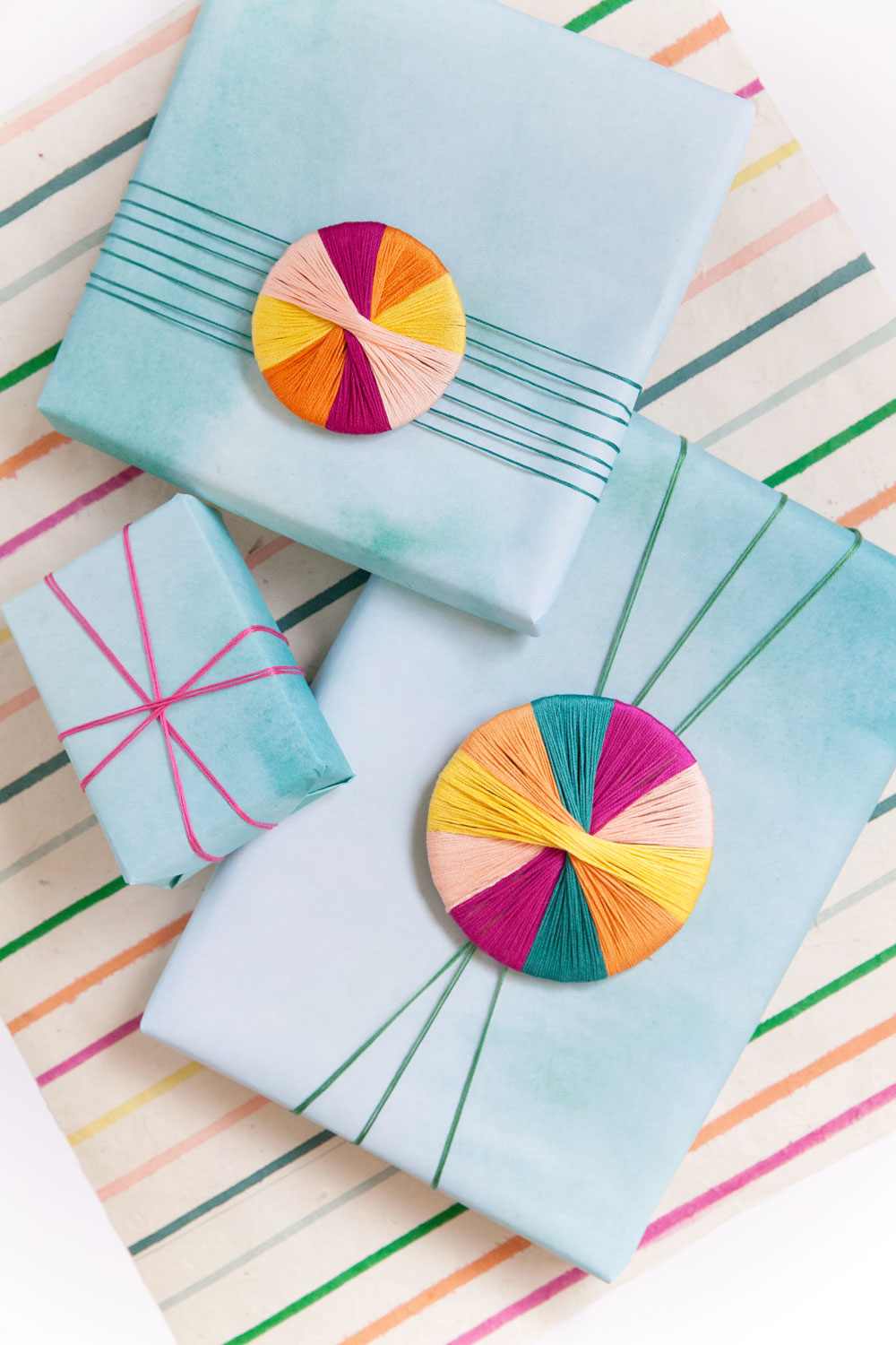 gift-wrap-ideas-with-embroidery-floss