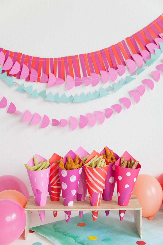 DIY-paper-cone-for-snacks