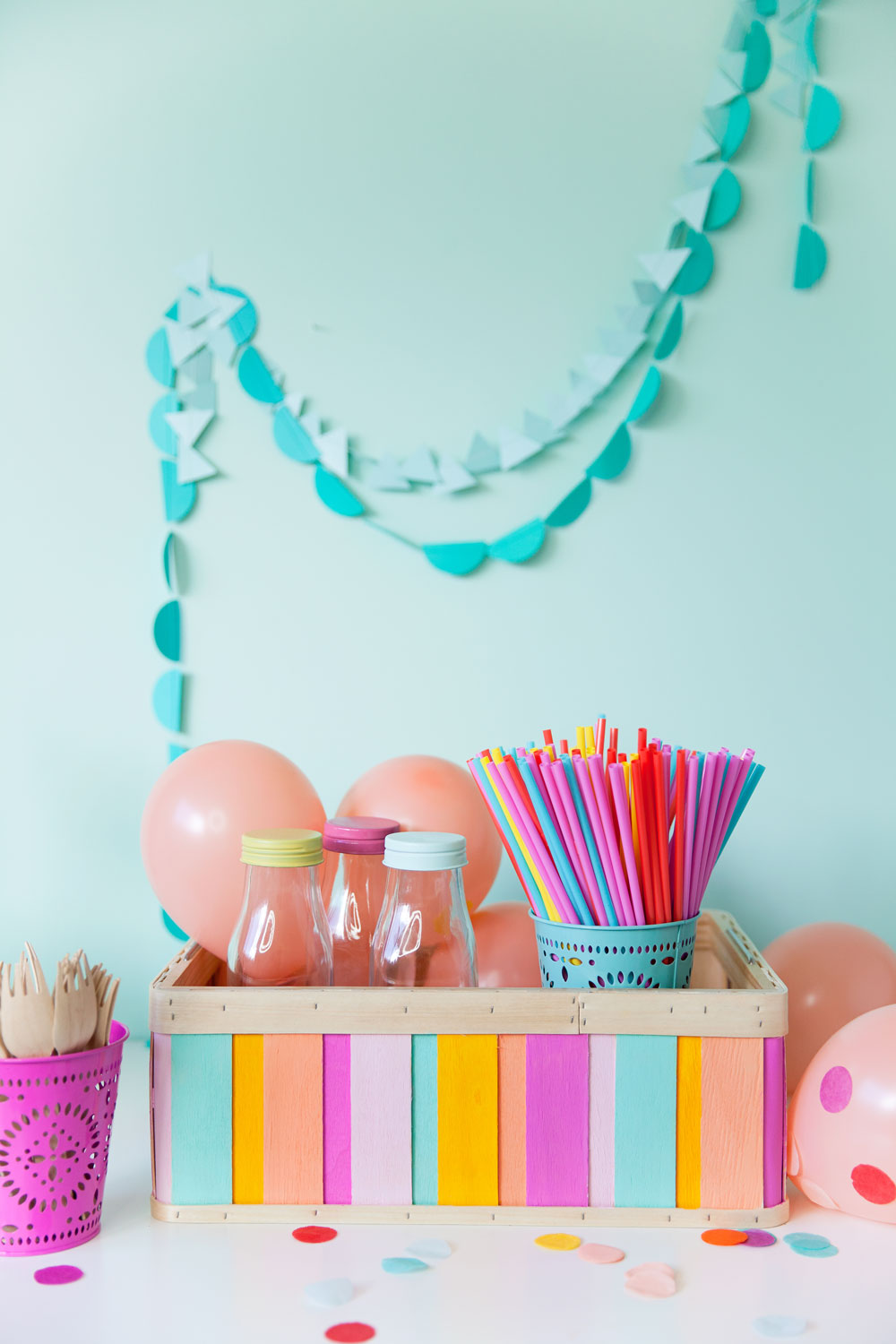 diy-painted-wood-box-and-party-decor