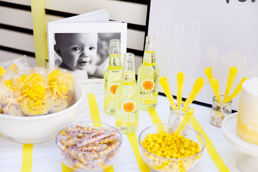 Make-a-cute-baby-book-for-a-party,-perfect-for-decor-and-guests-will-love-to-look-at-it