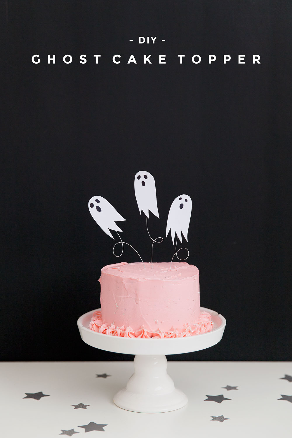 Need a simple DIY for all your upcoming Halloween parties? Well this is it! This DIY ghost cake topper is so simple to make and sure to please!