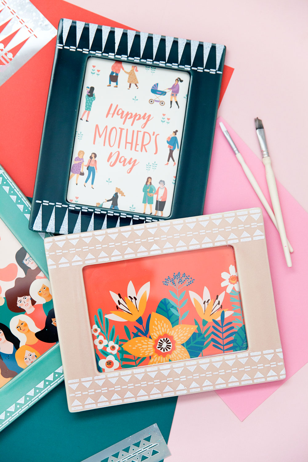 Make something meaningful this Mother's day with these DIY stenciled frames. So simple to make and perfect for holding any memory or keepsake.
