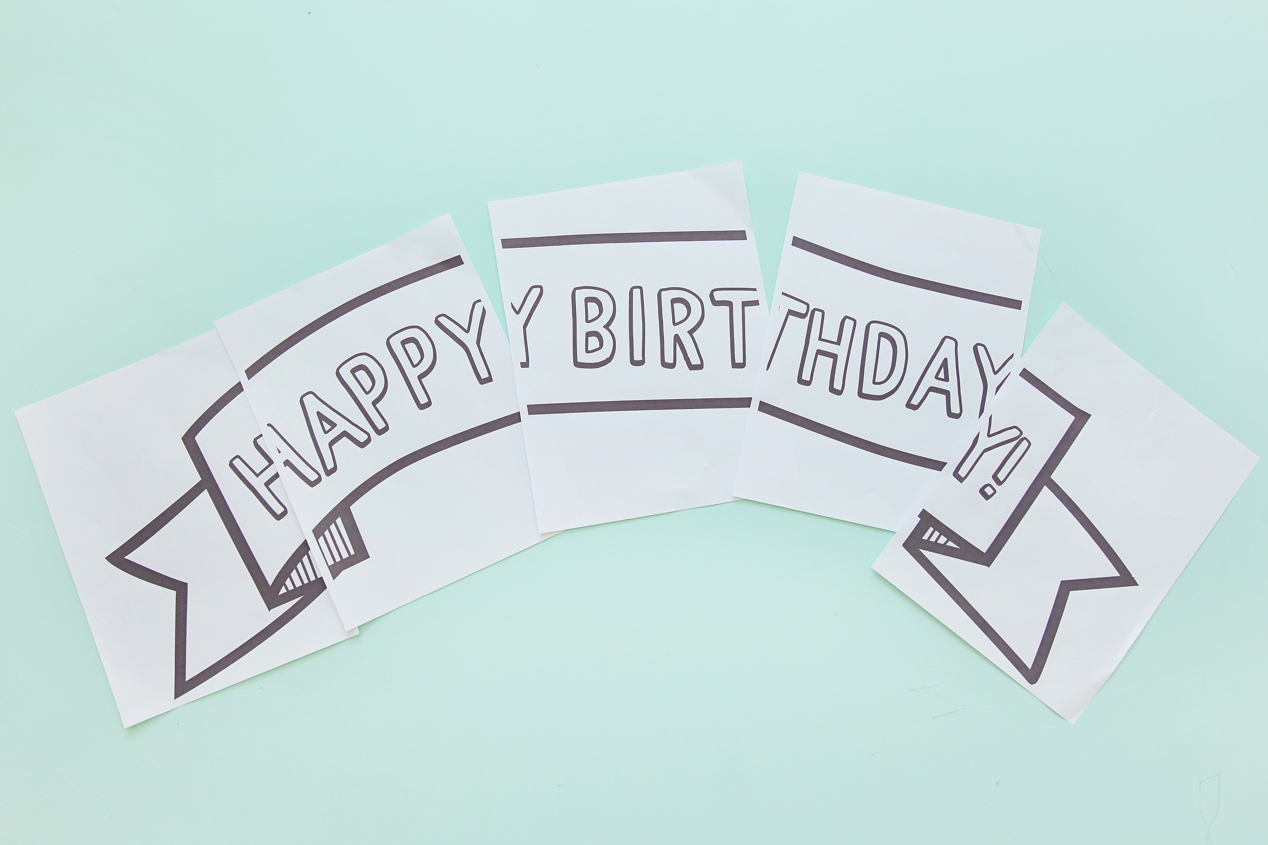 This birthday banner can be printed right at HOME!  Takes only 5 min to make, you will never be stressed on birthday decor again.